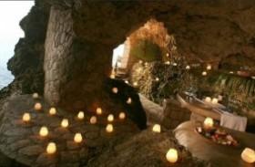 Conheça uma caverna all inclusive na Jamaica