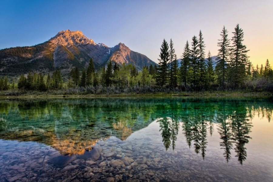 Mount Lorette Ponds - em Kananaskis, no Canadá, foi um dos lugares usados para filmar O Regresso