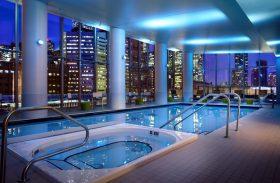 Hotel tem festa de estrelas de Hollywood e localização incrível em Toronto