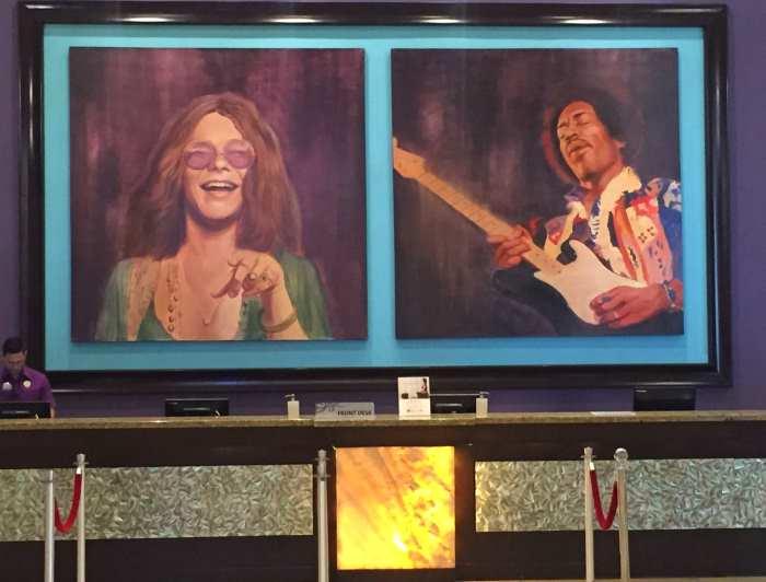 Relíquias e decorações de astros do rock estão por todo canto no Hard Rock Hotel & Casino Punta Cana