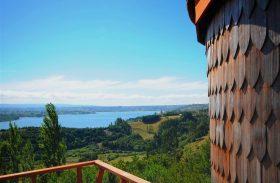 Cabanas luxuosas na mata chilena propõem ócio nas ilhas Chiloé