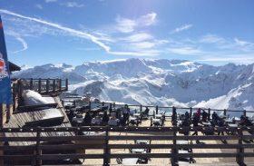Planeje férias inesquecíveis nos alpes franceses, em Courchevel