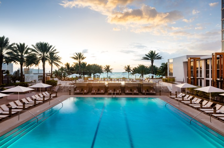 RCD Hotels_Nobu Eden Roc Miami_Main Pool 750