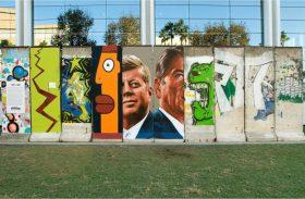 28 anos da queda! Visite o icônico Muro de Berlim de bike