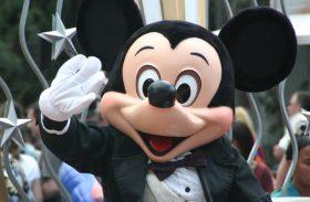 Mickey faz 89 anos hoje! Descubra como ele vai comemorar