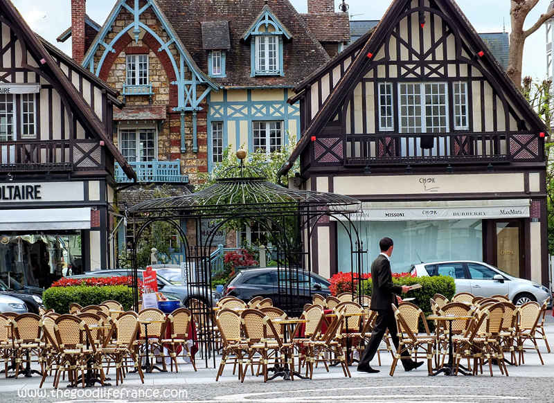deauville-fb